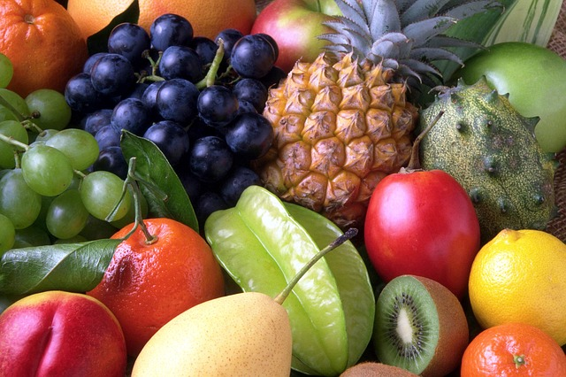 13 Most Nutritious Healthy Super-Fruits You Should Be Eating