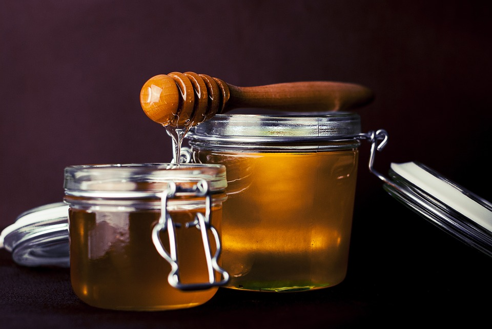 7 Awesome Health Benefits of Honey