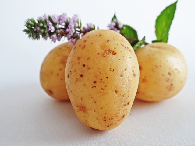 What Main Nutrients Content Are Found in Potatoes