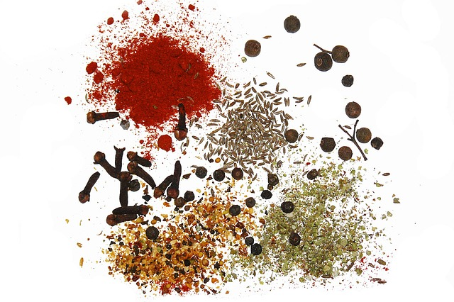 What is the Difference Between Cumin, Caraway, Black Cumin and Nigella?