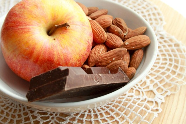 benefits of eating almonds daily 4