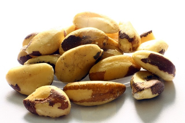 image-Brazil-Nut-Brazil-Nuts-Acre-how-much-selenium