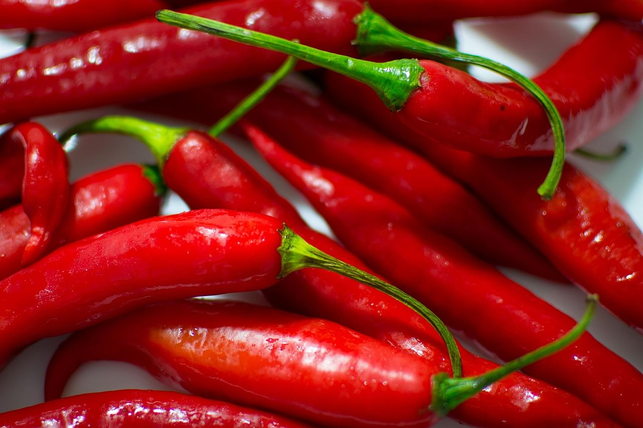 18 Awesome Health Benefits of Cayenne Pepper